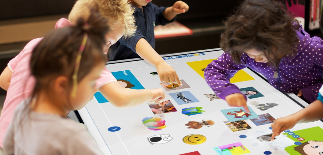 Touchscreen-table-mutlitouch-children_-_EN_new.jpg